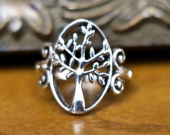 SALE Pretty Vintage 925 Sterling Silver Tree Ring