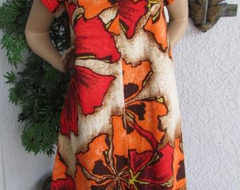SALE Comfy Cool 1960's HILIHANI HAWAII Dress Size 12 Bark Cloth Mod A-Line with Petal Sleeves Orange Brown big floral