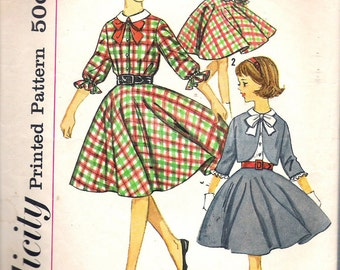 Vintage  1960's Simplicity 4631 Girl's Skirt, Blouse & Jacket Sewing Pattern Size 8 Breast 26""