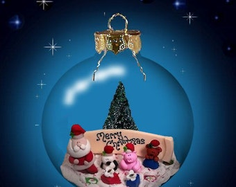 Santa Personalize Glass Ornament