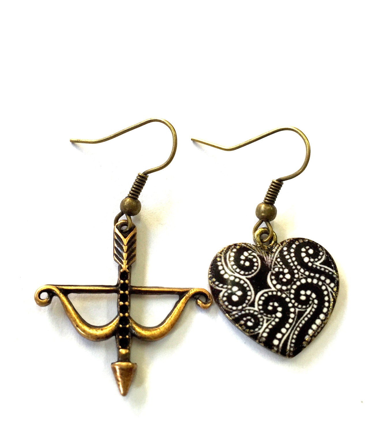 Bow and Arrow Black and White Heart Earrings