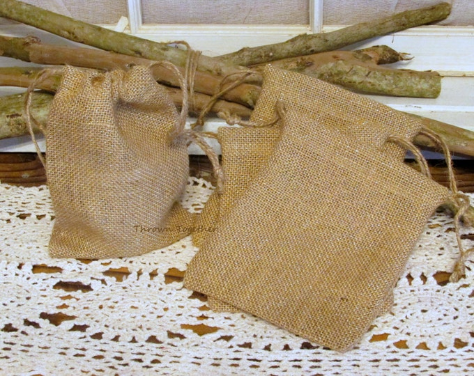 Burlap Bag, Natural Tan Gold Sparkle Burlap Bag, Wedding Favor, Handmade Rustic Bag, Burlap Christmas Gift Bag, Set of 5 Rustic Gift Bags
