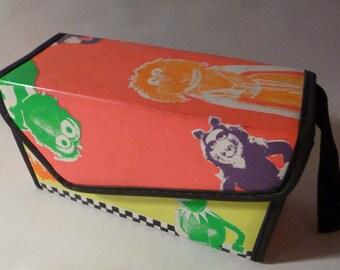 Vintage 1989 Henson Associates, Inc. MUPPETS Lunchbox Box Clutch Purse Container