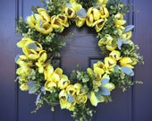 Yellow Tulips, Tulip Wreaths, Spring Wreaths, Mothers Day Gift, Easter Wreaths, Tulip Decor, Yellow Floral Wreath, Spring Finds, Boxwood
