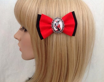 Harley Quinn hair bow clip rockabilly psychobilly joker batman super hero geek pin up cute fabric red checkered accessories punk girls women