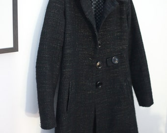 Warm black winter fitted coat