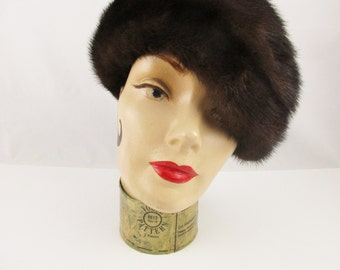 A Chocolate Brown Mink Pillbox From 'Freiman' c.1965 -  Patterned full Lining - Stylish - Warm - Mod - Warm