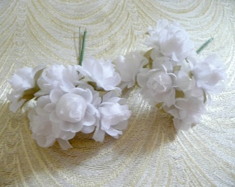 Sweet Little White Roses Petite Silk Millinery 12 Flowers on Wire Stems for Weddings Head Bands, Hair Clips, Hats, Crafts 3FN0058W