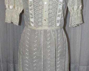 Absolutely Stunning Vintage 1950's Edith Flagg Semi Sheer Dress