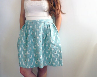 Llama-rific pleated skirt with pockets
