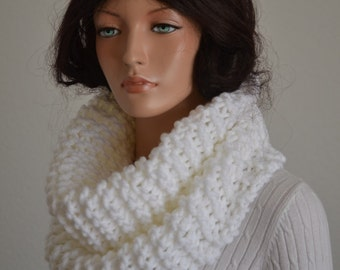 Snow White Snood/Hand Knitted Snood Scarf/ Knit Cowl/ Knit Neckwarmer/ Snood Cowl