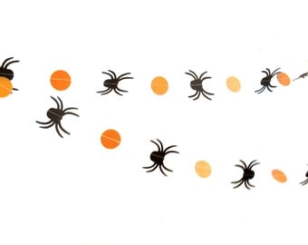 Spider Circle Garland - Orange and black Halloween garland, spider garland, Circle Garland, Halloween decorations
