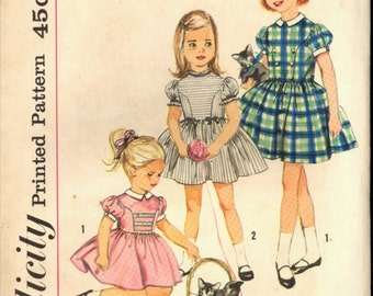 1950s Size 2 Breast 21 Back Button Princess Seam Dress Simplicity 4120 Vintage Sewing Pattern 50s Girls