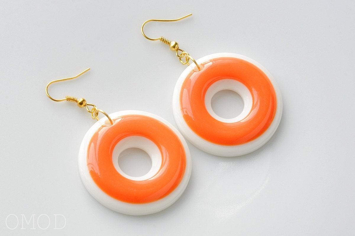 mod earrings 60s mod hoop earrings white orange earrings