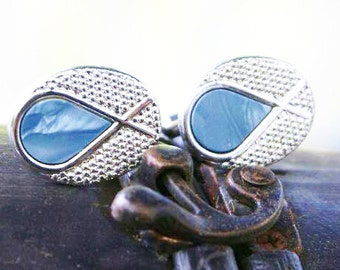 Ichthys symbol or Christian fish Tie Bar Clip and cuff link set in textured silver with smokey blue teardrop inset
