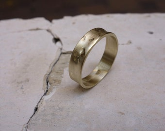 Man's Wedding Band Gold Wedding Band Women's Wedding Ring Promise ring Unique wedding band His and Hers Wedding Band Texture gold ring