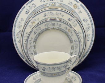 30pc Minton Penrose Dinner Set 6 place setting Bone China Made in England New (more available)
