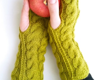 Green cable knit gloves -  Knit fingerless gloves Green gloves Fingerless gloves  Women gloves Christmas gift ideas Gift under 30 Arm warmer