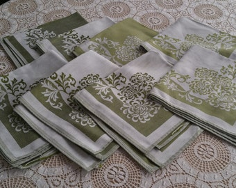 Green Damask Napkins Set of Eight Dinner Napkins