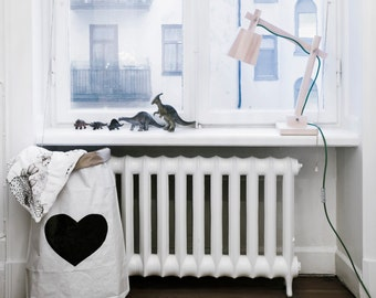 Black Heart paper bag storage of books, magazines or teddy bears - Interior