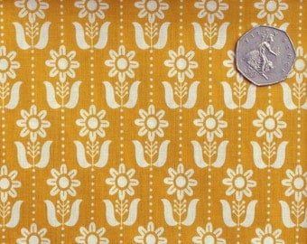 Quilting cotton fabric. Floral print fabric. Organic fabric. Yellow fabric. Cloud 9 Grey Abbey Folky Daisy Mustard. Sold by QUARTER METRE