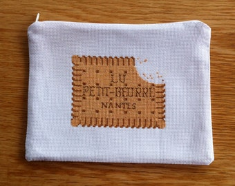 """Bespoke Handmade pouch / clutch / wallet with a """"petit beurre"""" biscuit from LU, with zipper - Cross-stitch"""