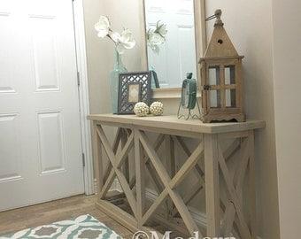 rustic farmhouse entryway table.