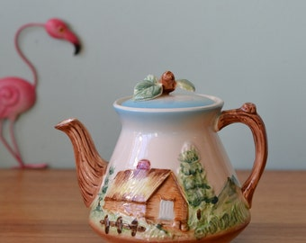 Vintage ceramic Japanese teapot kettle country house