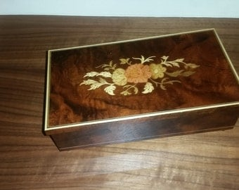 Vintage Italian Inlaid Lacquered Wood Musical Jewelry Box