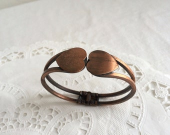 Vintage 1950s Copper Hinged HEART Bracelet Sweetheart Mid Century Novelty