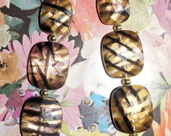 Gorgeous Tiger Print Necklace Vintage retro necklace animal print necklace