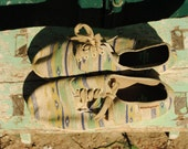 Vintage espadrilles, vintage sneakers, green espadrilles, kilim shoes, Hush Puppies, southwestern shoes, 90s sneakers, 90s espadrilles