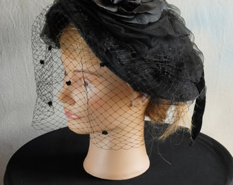 1940s 1950s French veiled black pancake hat