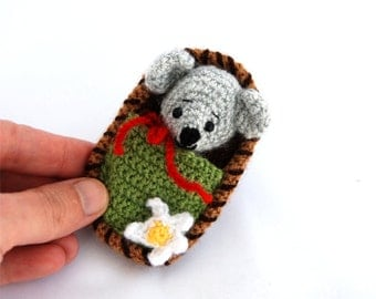 little mouse in a nutshell, two in one gift for children, mouse toy in a box, small crochet mouse, amigurumi mice, travel toy miniature mice