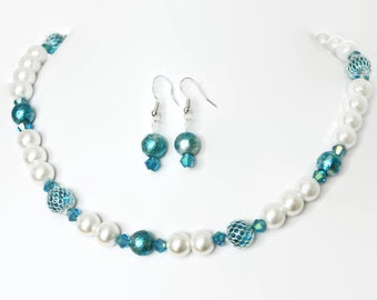 Pearl Bridal Jewelry - Bridesmaid Pearl Necklace - Beach Wedding - Something Blue - Bridal Necklace - Bridesmaid Jewelry - Bridal Jewelry