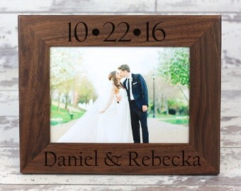 picture framepersonalized wedding picture frame walnut picture frame photo frame custom photo frame wedding gift anniversary gift