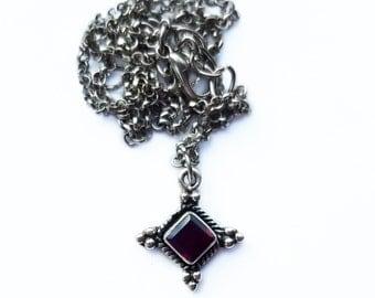Garnet gemstone choker, silver garnet necklace, crystal choker, vintage gemstone pendant, witchy necklace, grunge jewelry bohemian boho chic