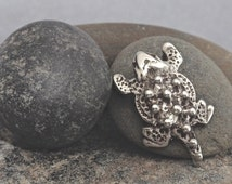 Fine Southwest Handcrafted Sterling Silver Small Warty Toad / Horny Toad Pin Brooch -  Great Christmas Gift