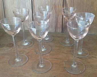 Set of 8 liqueur glasses