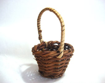 Fern Basket Miniature Dollhouse Supply Accessory 1:6 Scale  - 526C