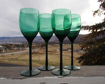 Waldonia Crystal Bud Vase Bubbles In Bulbous Base