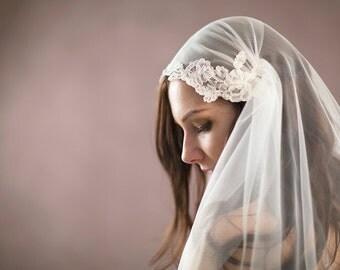 Juliet Cap Veil, lace Juliet veil, lace cap veil, blusher veil, soft tulle wedding veil, bohemian boho veil, fingertip, chapel, cathedral