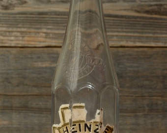 VINTAGE HEINZ KETCHUP Bottle with Patent Date of June 17, 1890 on the bottom.