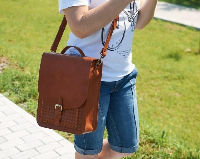 Leather shoulder bag. Leather messenger womens.