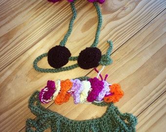 Handmade Hawaiian Hula Baby Crochet Outfit/Photo Prop/Baby Hula Set/ Newborn Hawaiian Outfit/Hula Girl Diaper Set
