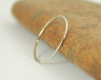 Solid 14k White Gold Ring, Super Thin Stacking, Round Minimal Gold Ring, White Gold Ring, Solid Gold Ring, 14k Gold Ring, Real Gold Ring