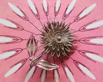 Vintage Beautiful Silver Flower Filigree Pin