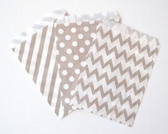 "25PK - Gray 5"" X 7"" Treat Bags // Party Favor // Paper Bag"