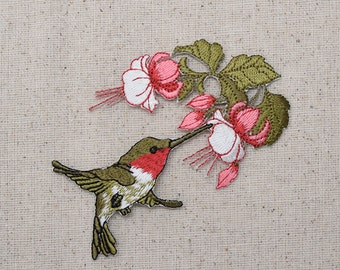 Large - Ruby Red Throat Hummingbird - Pink Flowers - Facing Right - Iron on Applique - Embroidered Patch - 696071-A