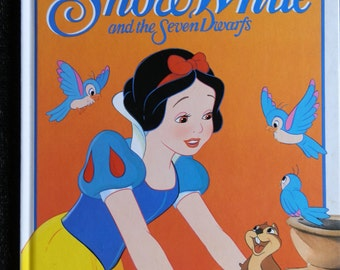 Vintage Children's Book: Walt Disney's Snow White and the Seven Dwarfs Published by Ladybird Books 1993